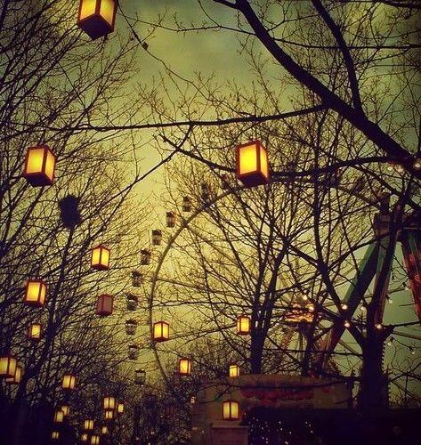 Ferris wheels By Natasha Wood